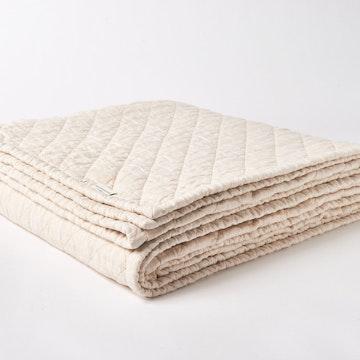 Beachwood Linen Quilt
