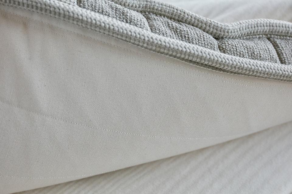 雪松天然乳胶亚博国际彩票官网床垫